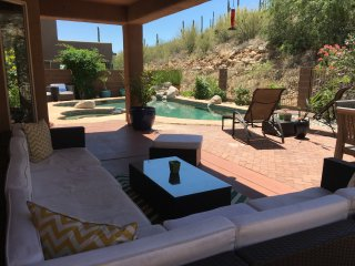Stunning designer home in Sabino Canyon area!, Tucson