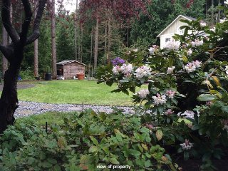 Cowichan Valley Suite in the Garden