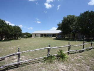 Cherokee Roost & Dog House - near Luckenbach Texas, Fredericksburg