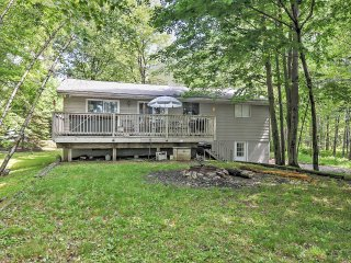 5BR Pocono Lake House w/Upscale Amenities!