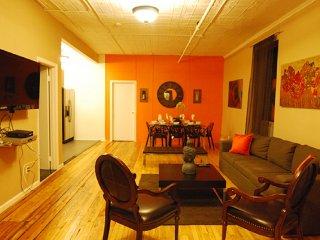 #8619 Stylish and spacious 4 bedroom/2 bathroom, Nueva York