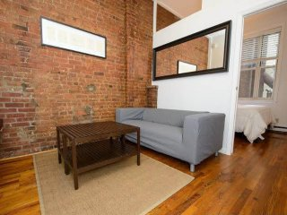 SoHo Apartment With 2 Bedrooms and 1 Bathroom, Newark