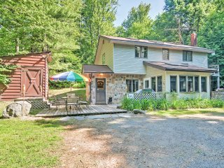New Listing! Charming & Secluded 3 BR Pocono Lake Cottage w/ Wifi, Hot Tub, Firepit & Sunroom - Central to All Pocono Mountain Resort Attractions & 5 Minutes from Pocono Raceway!