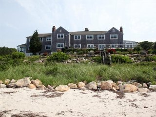 Affordable estate for rent on Buzzards Bay