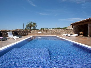 VILLA SA VINYOLETA, CLOSE TO ES TRENC BEACH A/C, Campos