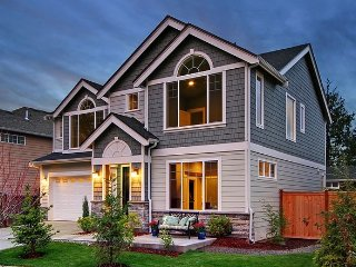 Luxurious home on education hill in Redmond