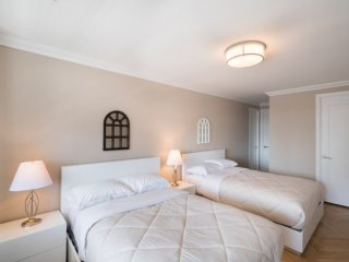 Furnished 2-Bedroom Apartment at 2nd Ave & E 86th St New York, New York City