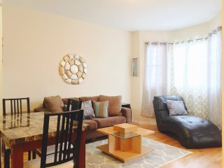 Furnished 3-Bedroom Apartment at E 211th St & Carlisle Pl Bronx, South Byron
