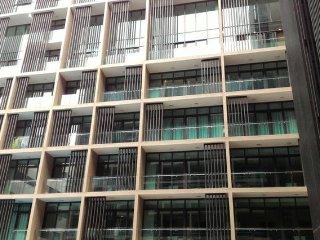 Luxurious Stay at Riverson SOHO, KK City Centre
