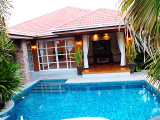 3 Bedroom Bungalow Walking Street 10 Min Ride Away, Jomtien Beach