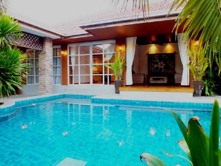 Private Pool Bungalow Walking Street 10 Min Away!, Jomtien Beach
