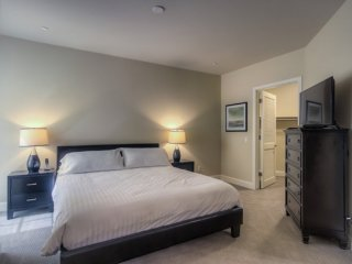 Furnished 2-Bedroom Apartment at E Colorado St & S Central Ave Glendale