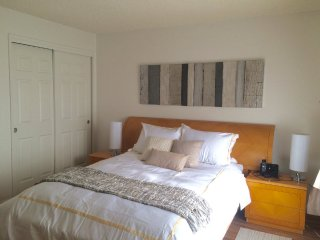 Furnished 2-Bedroom Townhouse at Stearns Ave & Anair Way Oakland