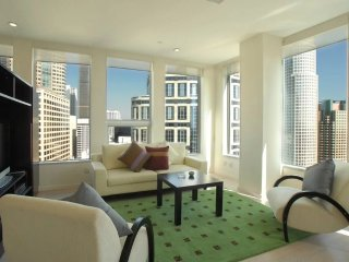 Furnished 1-Bedroom Apartment at Wilshire Blvd & S Beaudry Ave Los Angeles, Los Ángeles