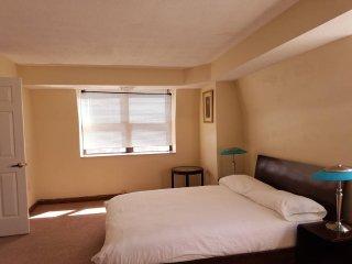 Furnished apartment near Harvard Sq, Cambridge