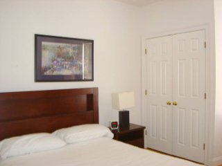 2 Bedrooms apartment, 15 min. to Harvard Square, Cambridge