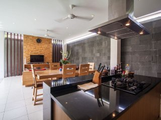 2 Bedroom stylish villa in the heart of seminyak, Seminyak