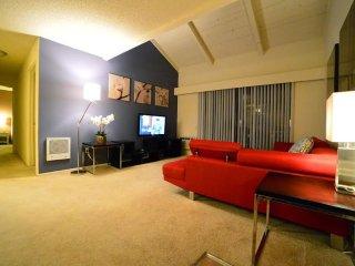 Furnished 2-Bedroom Apartment at Brookhurst St & Bolsa Ave Westminster