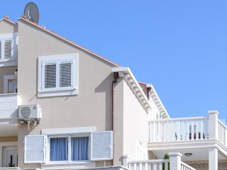 Apartments Violeta 2