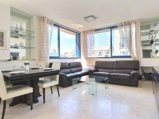 Relais Rothschild, very nice 2 Bedrooms, Jaffa
