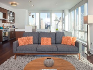 The Whant Collection - Breathtaking City Views 3 Bed Apt. in Lincoln Sq., New York City