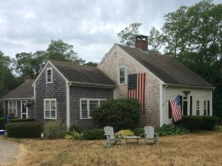 4br - 1500ft2 - Historic Charm and Modern Comfort, Eastham