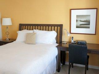 Furnished 1-Bedroom Apartment at Washington Blvd & Winthrop Pl Stamford
