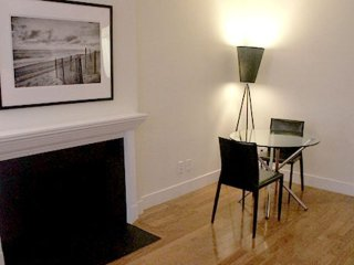 Furnished 1-Bedroom Apartment at 1st Avenue & E 57th St New York, Nueva York