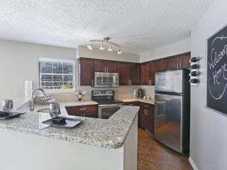 Furnished 2-Bedroom Apartment at Gowdey Rd & Ontario Ave Naperville
