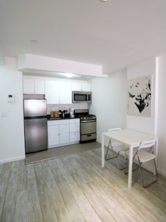 Furnished Studio Apartment at 11th Ave & W 50th St New York, Nueva York
