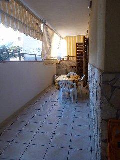Bivani con ampia veranda affitto tutto l' anno