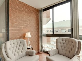 Furnished 1-Bedroom Condo at Fairfax Dr & N Quincy St Arlington