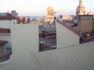 studio meublé dans le Marseille historique