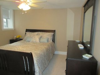 Furnished 1-Bedroom Condo at Phillips St & Irving St Boston