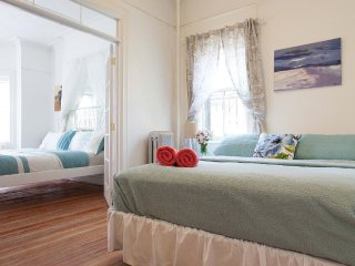 Furnished 4-Bedroom Home at 36th Ave & 30th St Queens, New York City