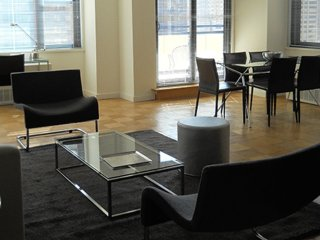 Furnished 2-Bedroom Apartment at 2nd Ave & E 40th St New York, Nueva York