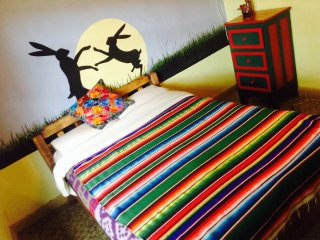 cómoda habitación, un gran jardín casa del centro, San Cristóbal de las Casas