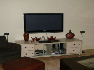 Furnished 2-Bedroom Condo at Lincoln St & Tufts St Boston