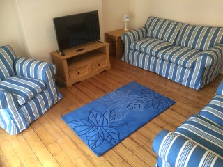 La Maison Apt, sleeps 8 whitby town centre