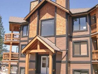 6th and 7th Nights Free - Mountain Style Condo, Radium Hot Springs