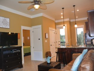 5 Star Luxury on 30A, Walk to Beach on Sidewalk!, Santa Rosa Beach