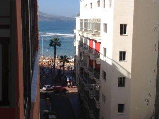 BREAKFAST AT THE BEACH,, Las Palmas de Gran Canaria