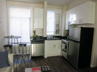 REMARKABLY FURNISHED 1 BEDROOM APARTMENT, San Francisco