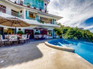Casa Yvonneka 12 Bdrm, Puerto Vallarta