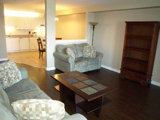 Large Furnished Apt in Bedford
