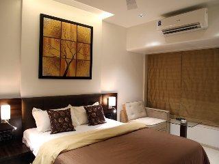 House Studio Apartment, Bombay