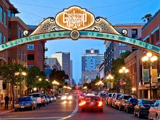 Gaslamp Plaza Suites, San Diego, Downtown