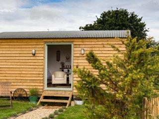 Rosemary, Buttercup Barn Retreats located in Wootton Bridge, Isle Of Wight