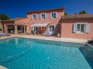 Avignon, Vaucluse, Villa 8p exceptional comfort, private pool
