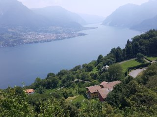 Lovely apartment with spectacular view on the lake, Bellagio